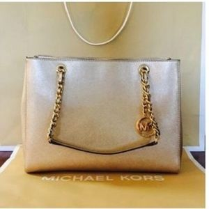 🔥Brand new Micheal Kors Gold leather tote